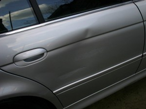 Ремонт вмятин на авто